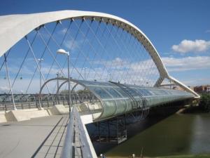 4642932_640px40. Puente del Tercer Milenio (Zaragoza, Aragón)