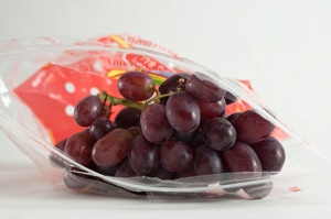 Red grapes in a Ziploc bag Bag Bags Being Frozen Blue Blueness Bluish Bunch Of Grapes Bunches Of Grapes Dessert Grape Dessert Grapes Domestic Food Food And Drink Foodcollection Foods Foodstuffs Freeze Freezer Bag Freezer Bags Freezing Fresh Frozen Fruit Frozen Fruits Grape Grape Bunch Grapes Indoor Indoor Photo Indoor Photos Indoor Shot Indoor Shots Indoors Ingredient Ingredients Inside Interior Interior Photo Interior Photos Interior Shot Interior Shots Interior View Intimate No One No-One Nobody Nutrition Plastic Bag Plastic Bags Raw Red Reddish Redness Royalty Free Sachet Studio Photo Studio Photos Studio Shot Studio Shots Table Grape Table Grapes Uncooked Vitis Vitis Vinifera White background