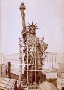 FRANCE STATUE OF LIBERTY