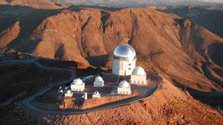 Supernova-Telescopios-en-Cerro-Tololo-Chile-640x360