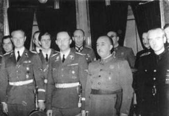 franco-junto-a-heinrich-himmler-en-octubre-de-1940-cc