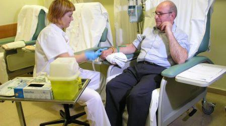 cientificos-informacion-resistencia-cancer-quimioterapia_966813833_116099336_667x375