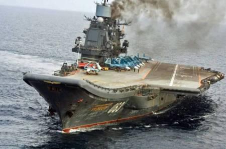 el-portaaviones-kuznetsov-con-cazas-rusos-a-bordo