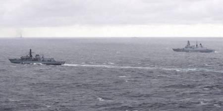 foto-de-archivo-de-buques-britanicos-escoltando-al-portaaviones-ruso-kuznetsov-efe