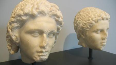 busto-de-alejandro-y-de-hefestion